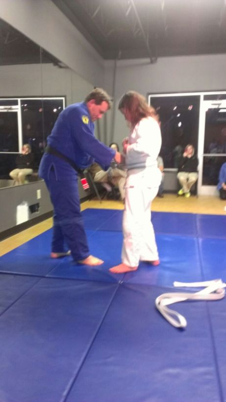 Sara getting the grey/white belt